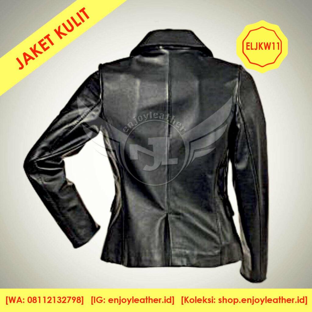 Jaket kulit hitam wanita model berkerah terbaru nampak belakang